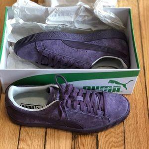 Clyde Normcore Pumas - size 7 (purple)